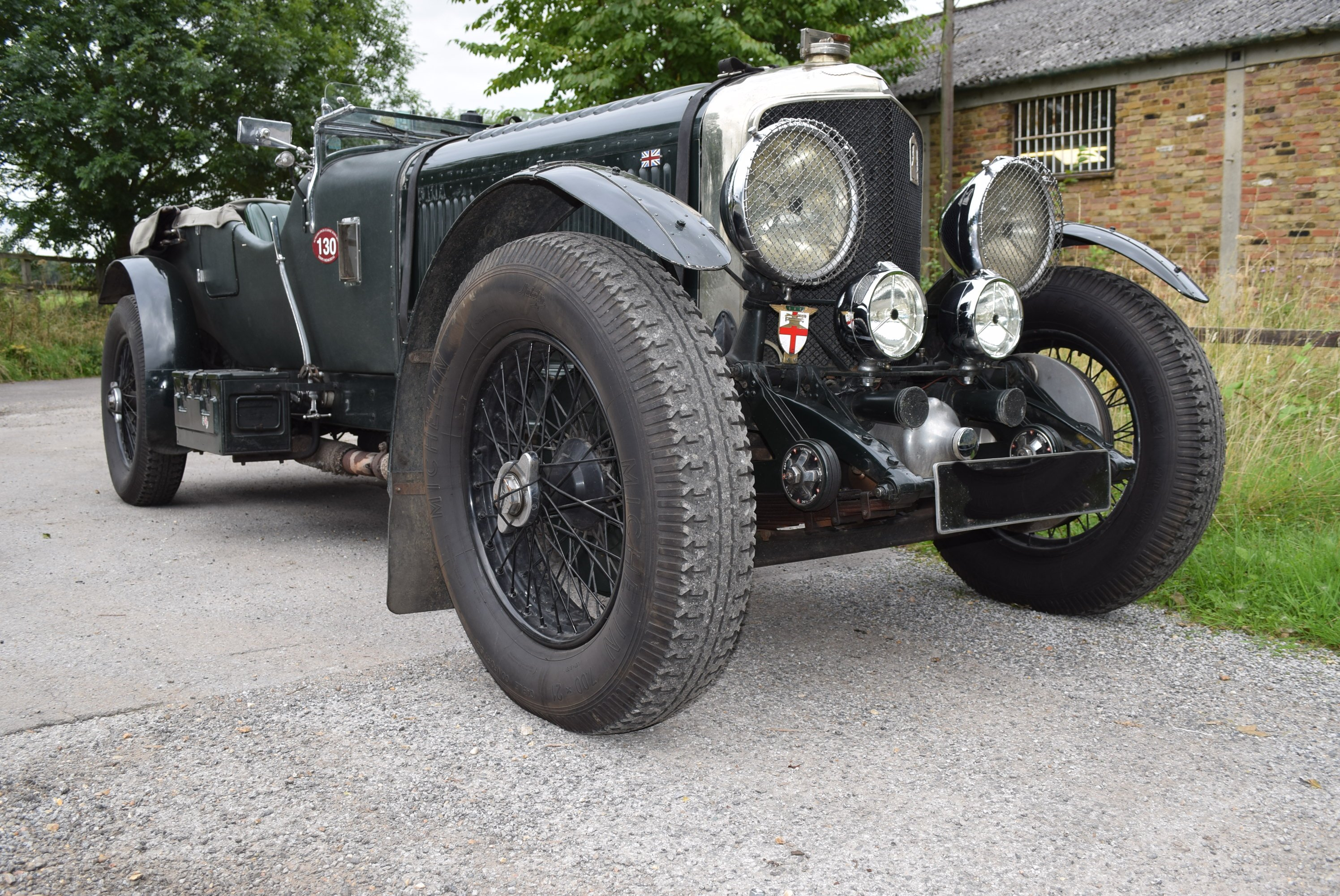 1927 6½ Litre Speed Six Specification The Finest Long Distance Contender Available.